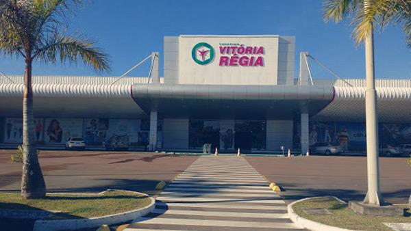 Viagem de compras Spazzinitur®: Shopping Vitória Régia Indaial
