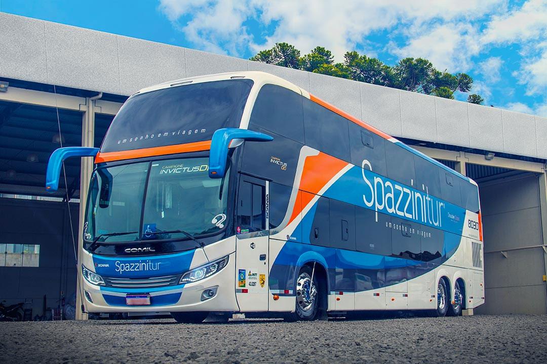 Frota de ônibus Spazzinitur - DD 8030 - Externo